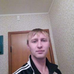 Парень из Саратов, ищу постоянные встречи с девушкой для секса без обязательств