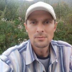 Красивый парень, ищу девушку для секса в Саратове